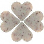 25 Exfoliating apricot - heart shaped soaps